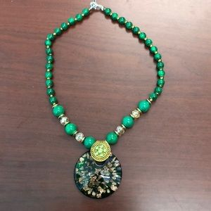 NWOT Beaded Glass Pendant Necklace in Green